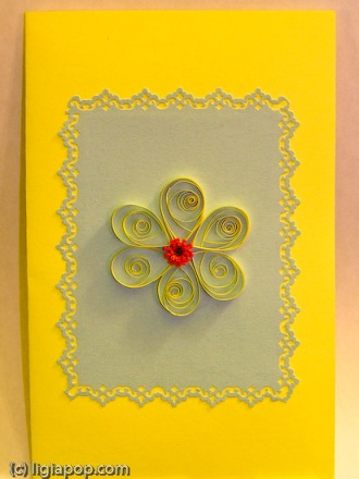 Card 44: Yellow flower on blue square