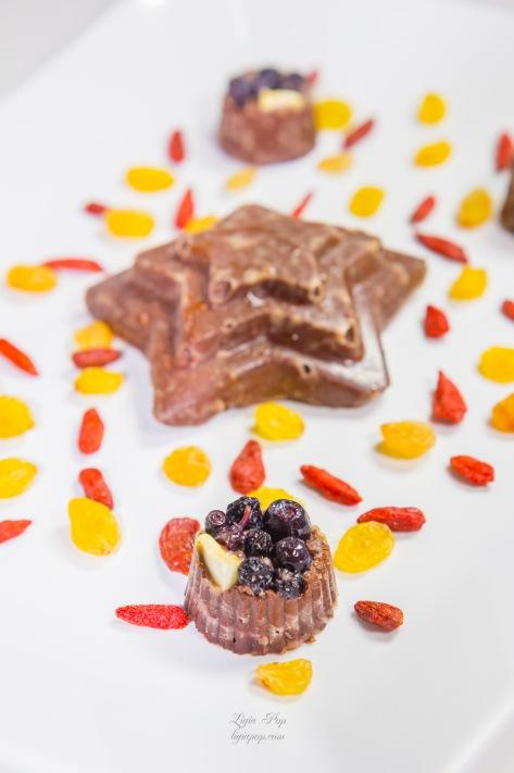 Ciocolata cu afine si goji