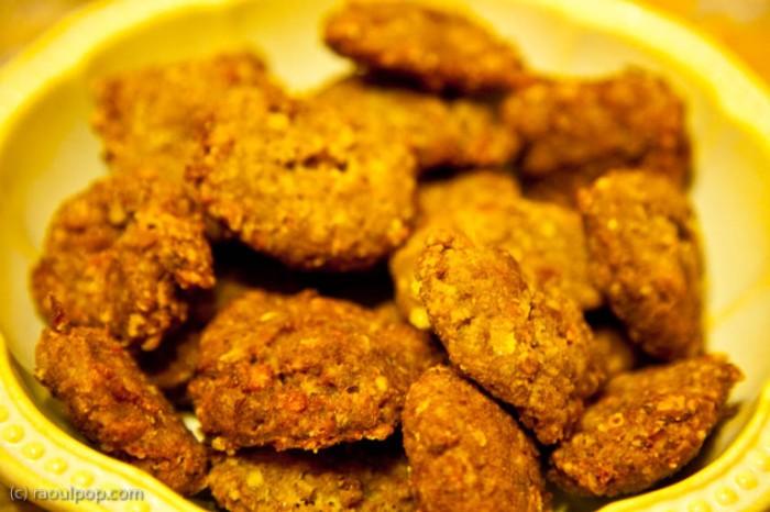 Vegetarian patties (piftele vegetariene). Recipe adapted by Ligia Pop.