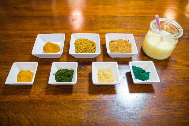 Ingrediente: miere cu superalimente